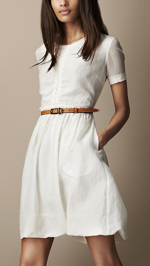 Quest for the perfect white dress | Straight Petite